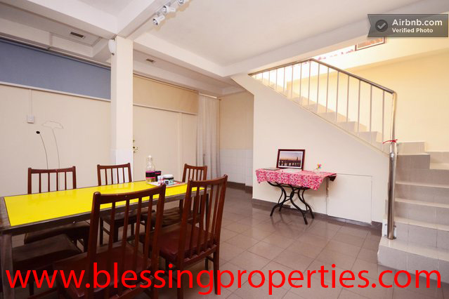 Nice House For Lease In District 10 in Hochiminh city