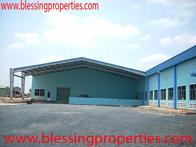 Huge Packaging Factory For Sale Inside Industrial Park