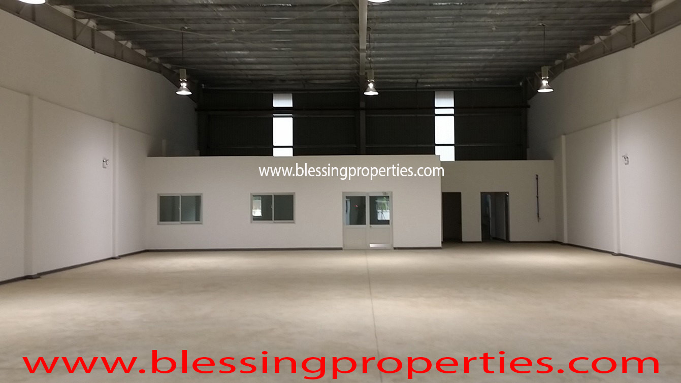 Brand New Small Factories inside Industrial Park For Lease.